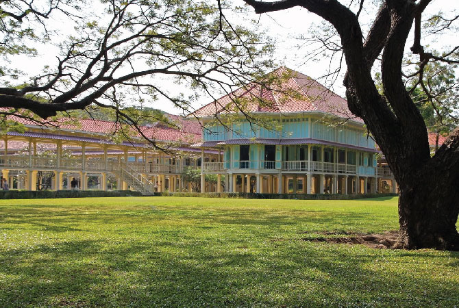 Maruekhathayawan Palace<br />